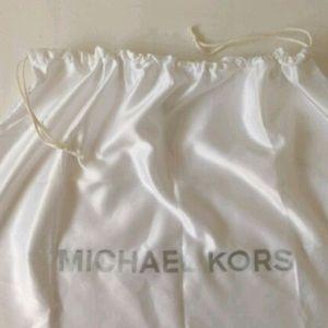 Michael Kors Purse Duster 18x18